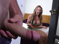 Bless those pervs who film fresh voyeur porn and give it to us. Dude caught a super-hot chick changing in her room nearly naked. Kylie caught him jacking after a long time he stared at her big ass, then dragged him to bed and wrapped her lips around his cock!